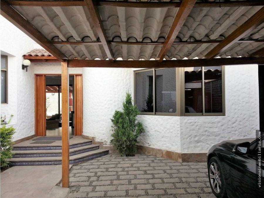 casa amplia y remodelada santiago de surco