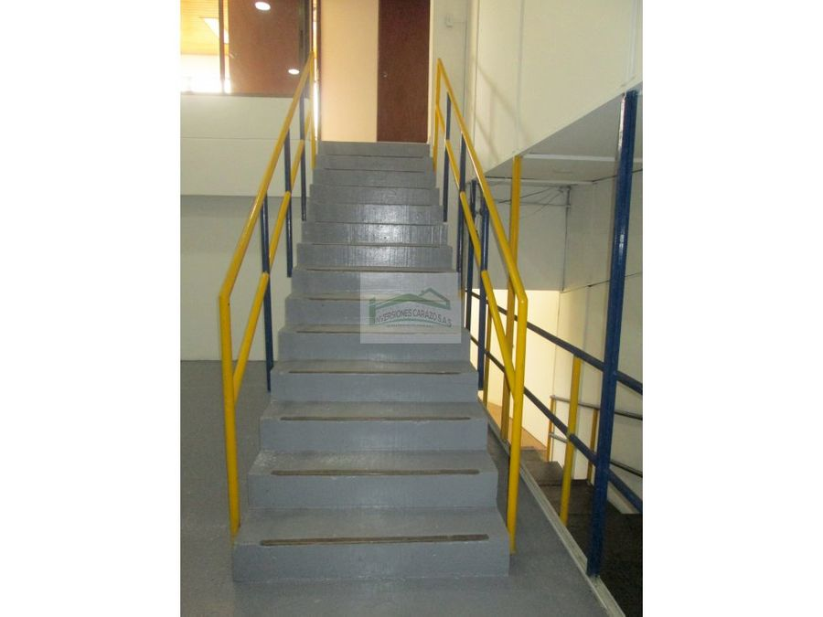 cartagena arriendo oficina pie del cerro 57b01