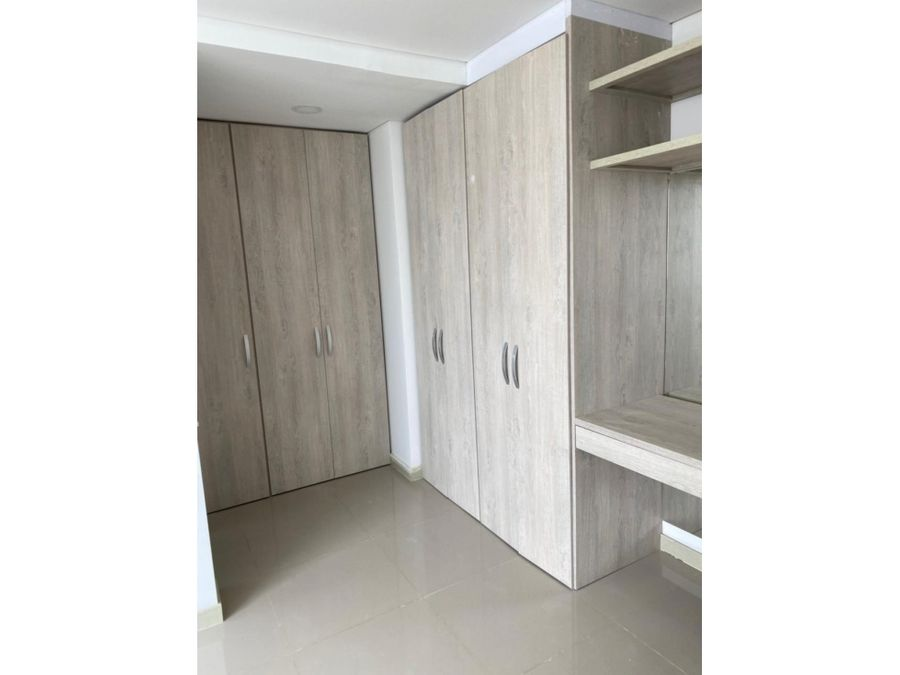 cartagena arrienda apto manga 3 habitaciones