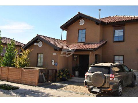 venta de casa 4d 3b en condominio san esteban