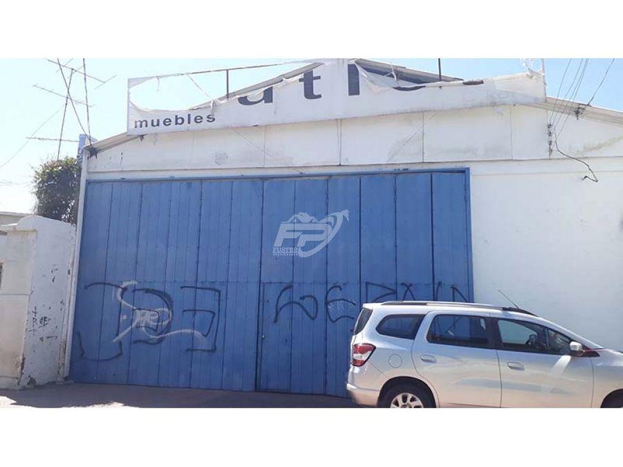 amplio local comercial en calle santa rosa de los andes