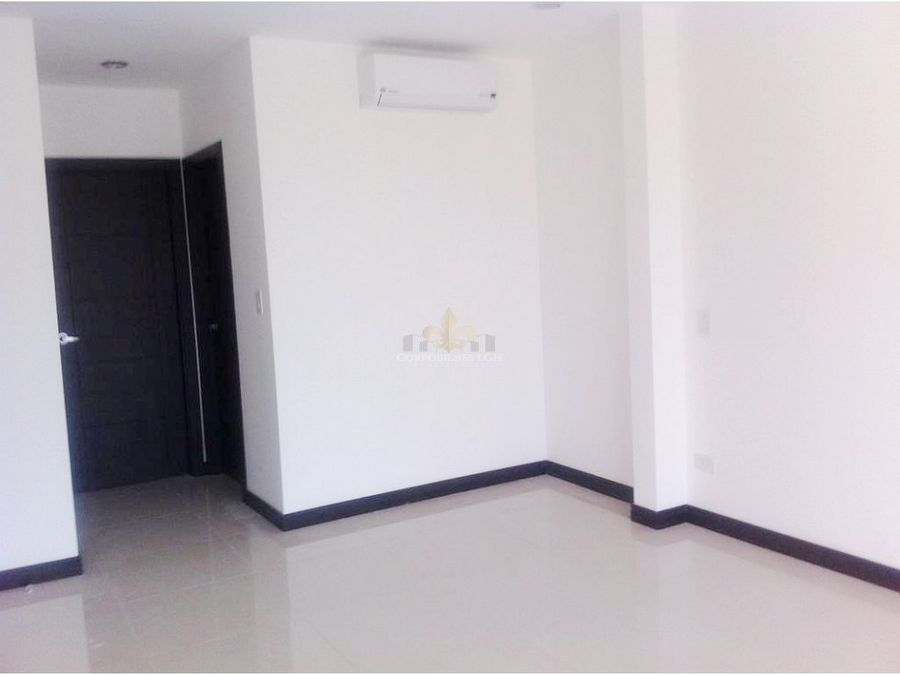 alquiler apartamento con bella vista en santa ana
