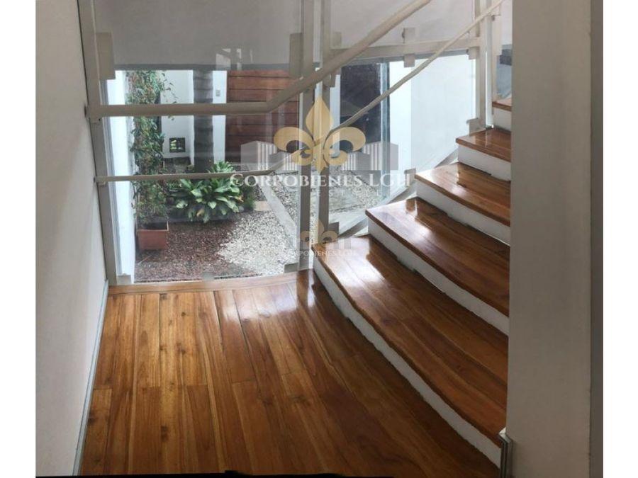 hermosa casa moderna contemporanea con 3 pisos en rohrmoser