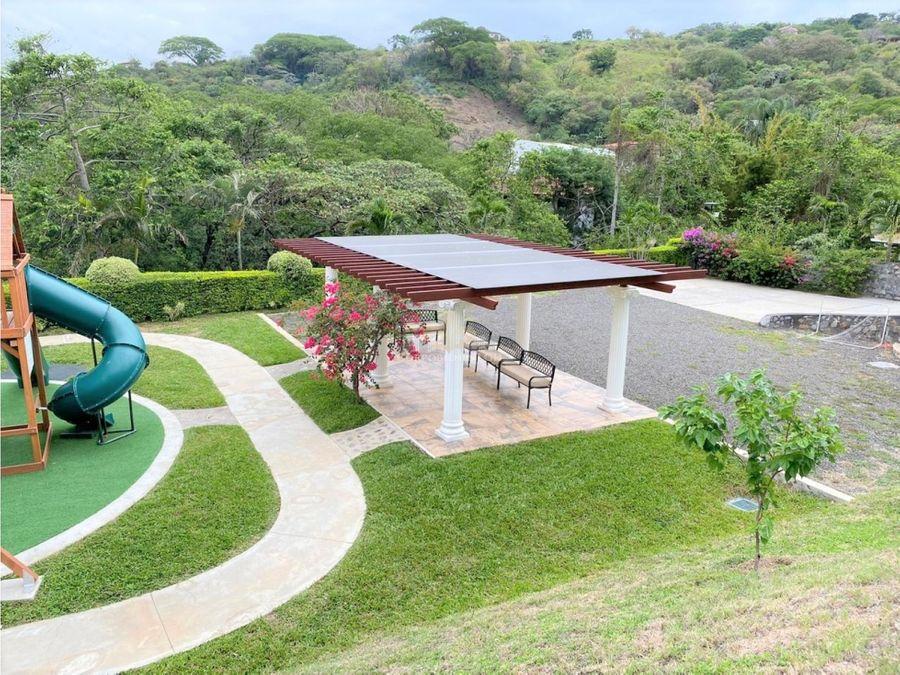 casa luxury con espectacular vista y piscina privada en santa ana