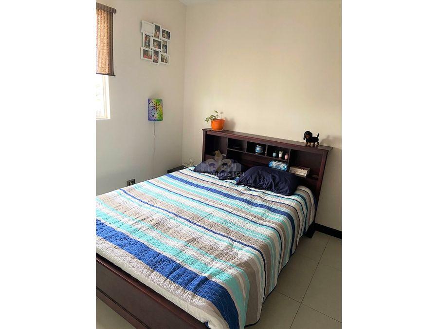apartamento con jardin moderno en condominio en alajuela