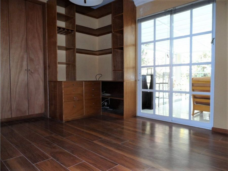 casa en venta en lomas bellavista