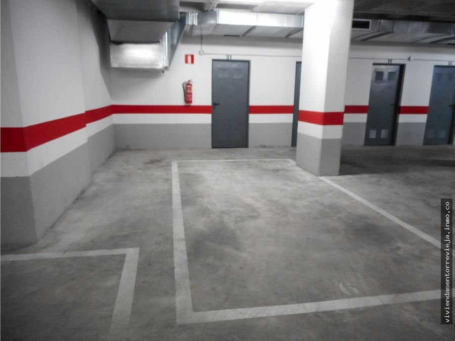 224 torrevieja plaza de garaje con trastero