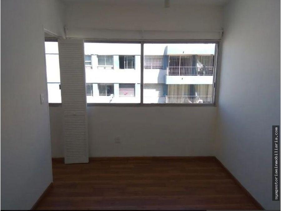 apartamento en venta sobre 18 de julio