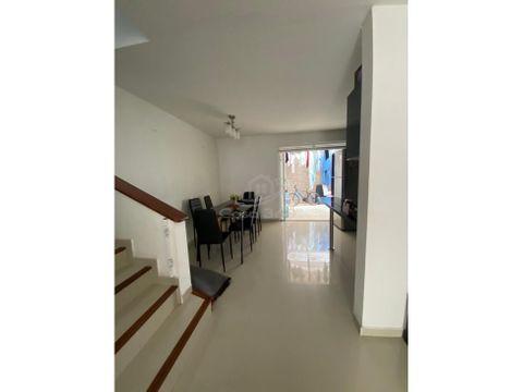 venta hermosa casa 3 pisos cond mirador del llano