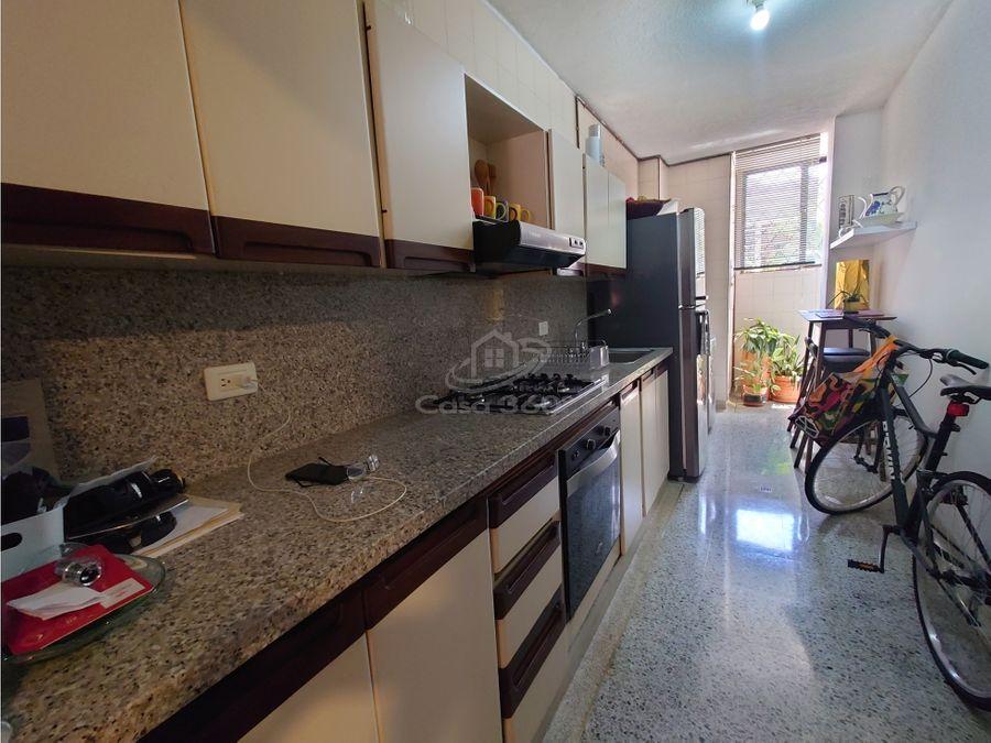 apartamento en edificio aransa en el ingenio cali