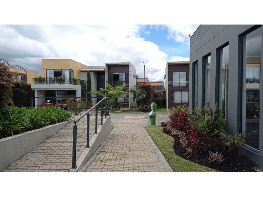venta casa conjunto residencial vila style houses en cota