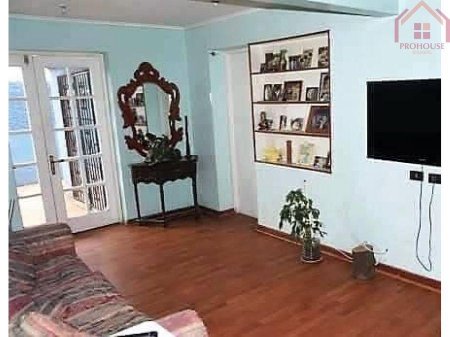 se vende amplia casa en recreo