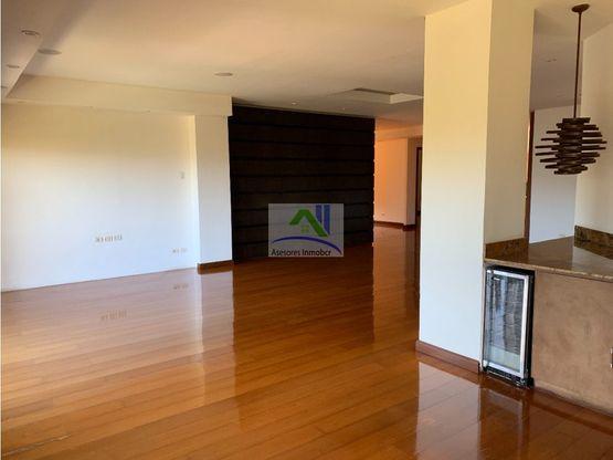 alquilo apartamento de lujo en condominio
