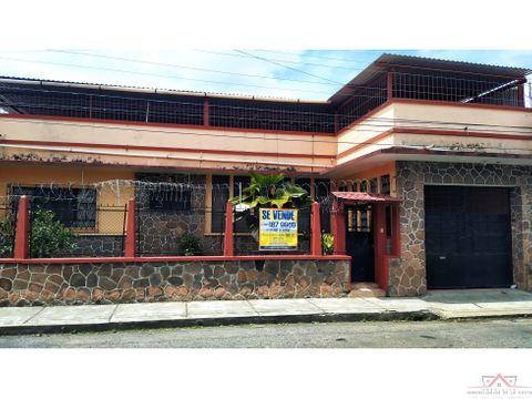 se vende casa en 4a poniente colonia centro