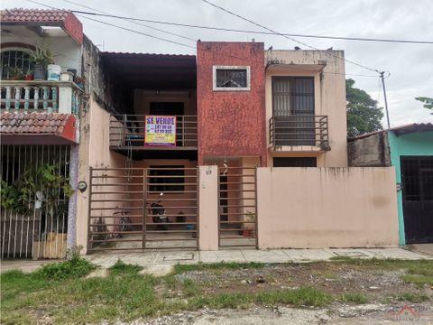 se vende casa en fraccionamiento santa clara