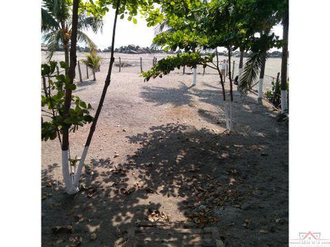 casa con palapa en la playa puerto madero