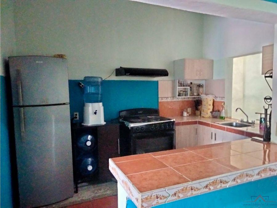casa en venta en colonia gabriel zepeda