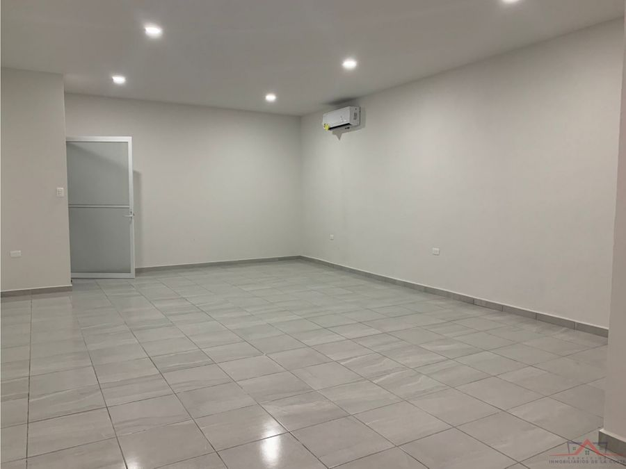 se rentan locales para oficinaconsultorio en central ote