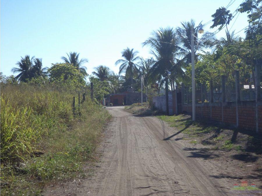 terreno en esquina en playa linda de 675 m2