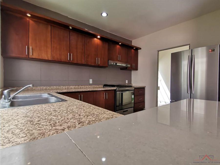 se vende casa en fraccionamiento residencial terranova