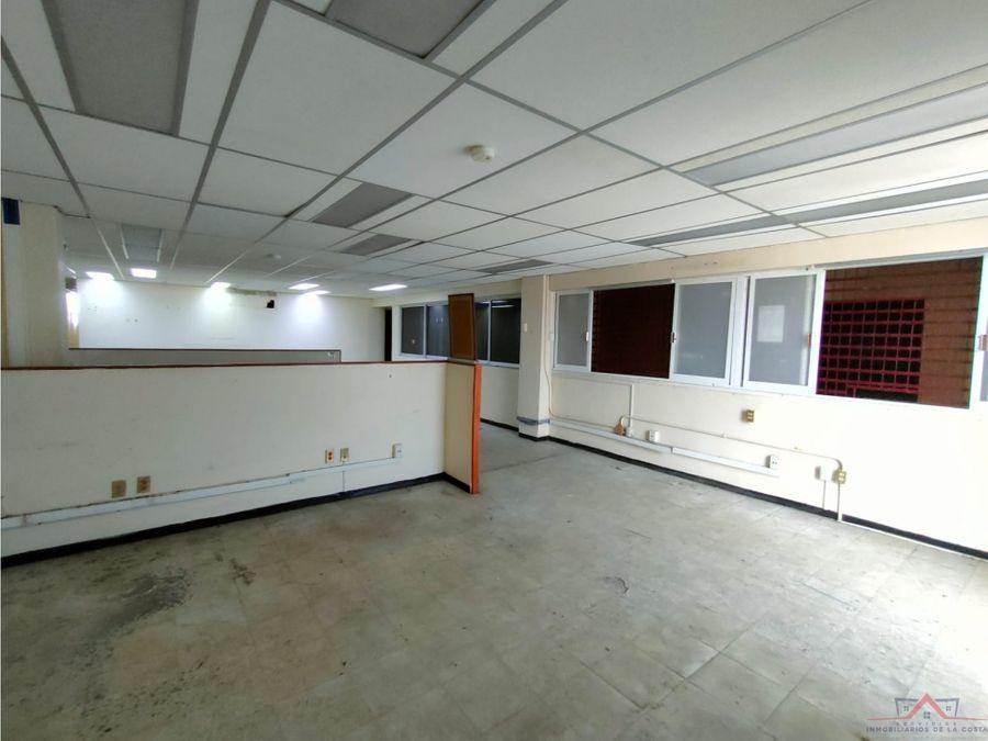 se renta edificio comercial en 3a nte