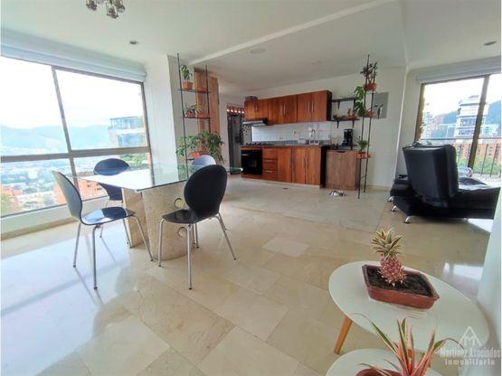 Apartamento en venta en sector Las Lomas, El Poblado