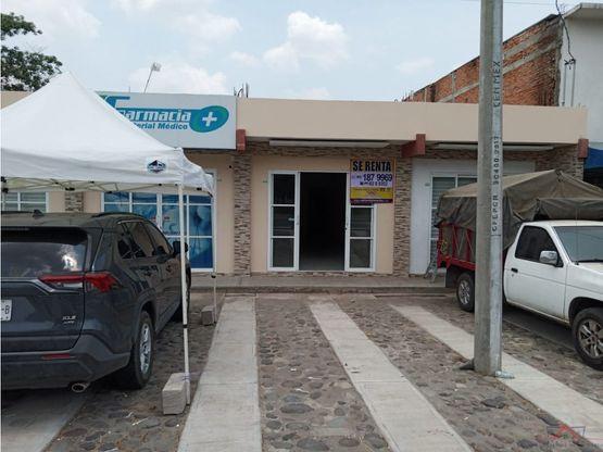 3 locales comerciales cerca del hospital general