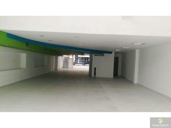 local comercial centro armenia 400m2