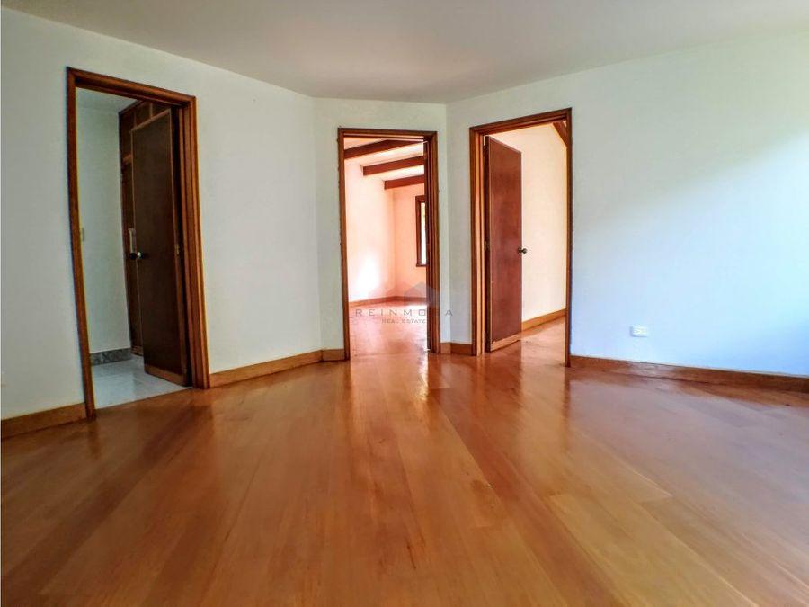 casa en venta en santa ana oriental bogota