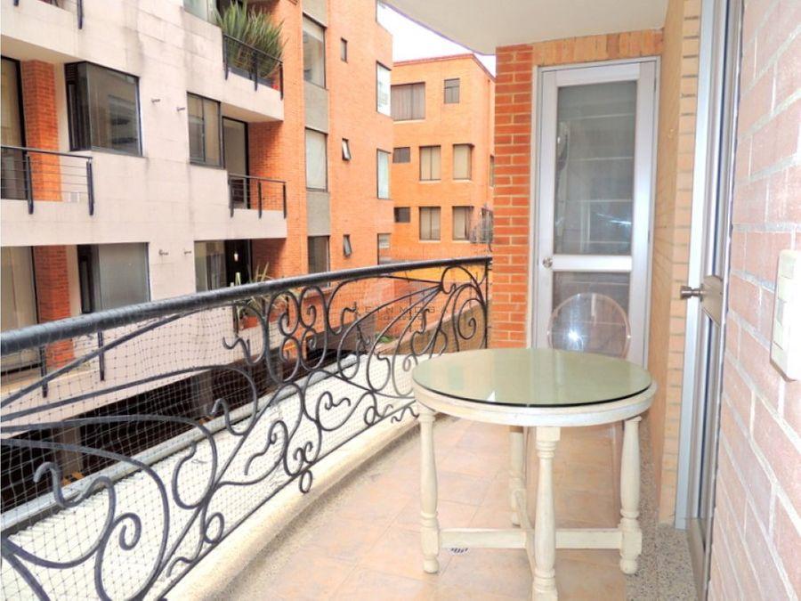 apartamento amoblado con terraza en arriendo chico navarra