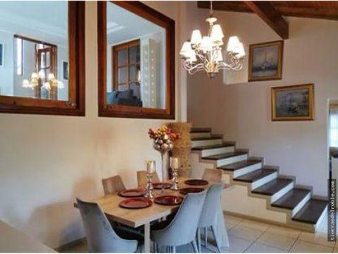 casa en bello horizonte con un estilo especial