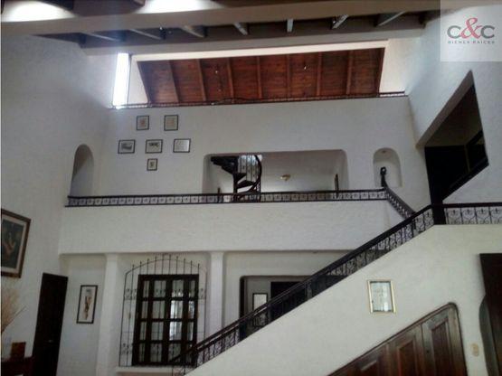 casa en venta jacarandas de cayala zona 16