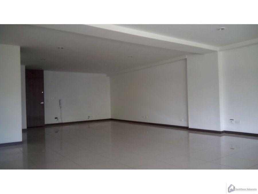 oficina sabaneta sobre avenida las vegas 416825