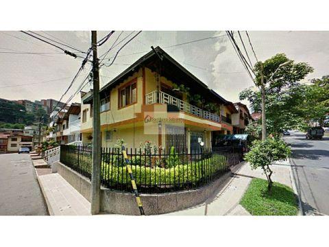 casa en venta de 3 pisos envigado cod3117728