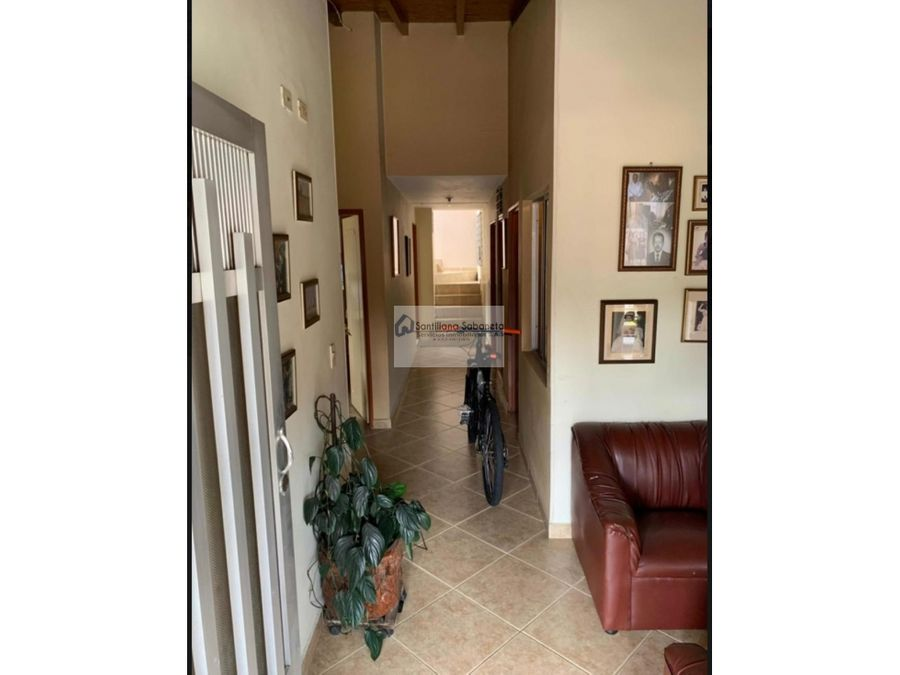 casa en venta de 3 pisos envigado c3117728