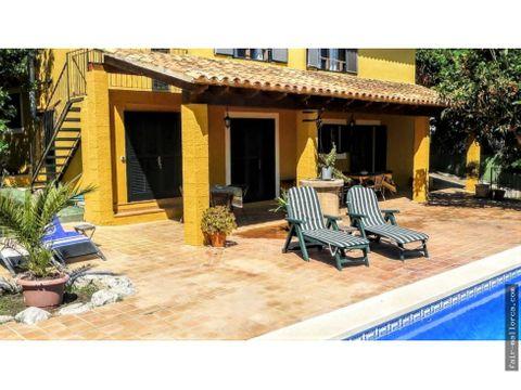 chalet independiente con piscina en alcudia