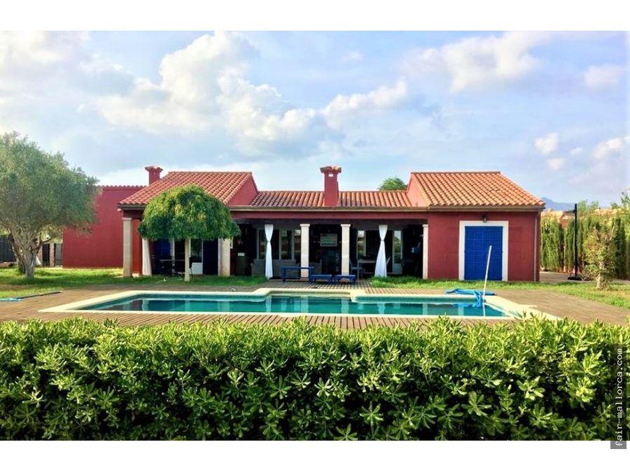bonito chalet con jardin y piscina en sa planera