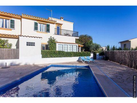 preciosa casa adosada con piscina portocolom