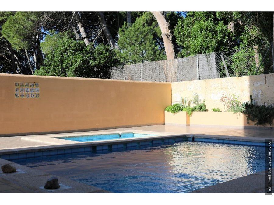 piso frente del mar en cala bona con piscina