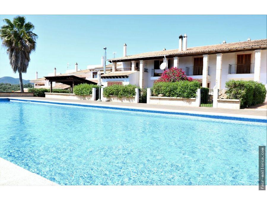 adosado con piscina comunitaria en cala mandia