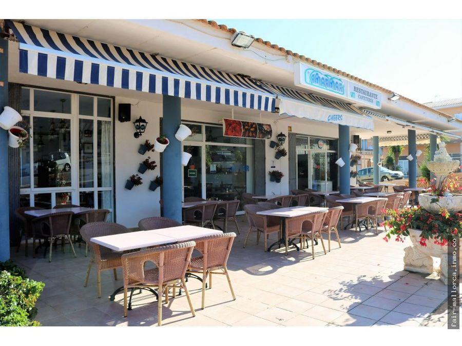 restaurante en la playa de cala mandia