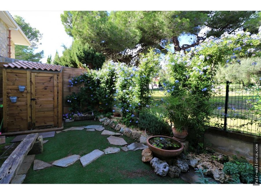 casa pareada tipo duplex en font de sa cala con jardines oportunidad