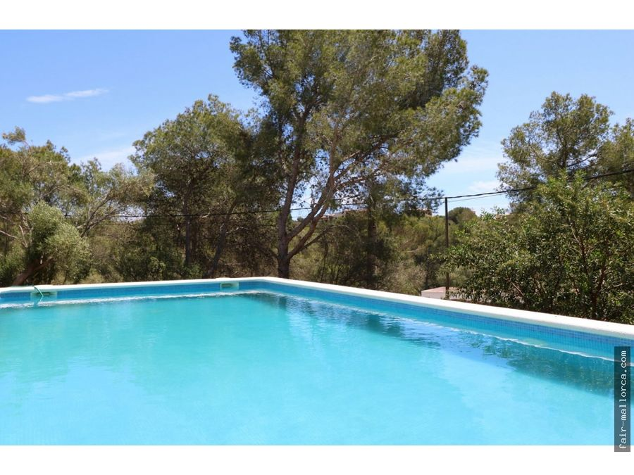 chalet enorme con piscina en cala murada