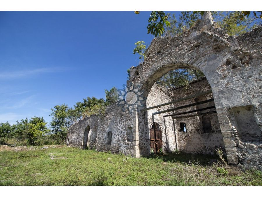 rancho con cenote y ruinas en tizimin