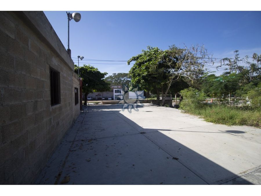 se vende local comercial en valladolid