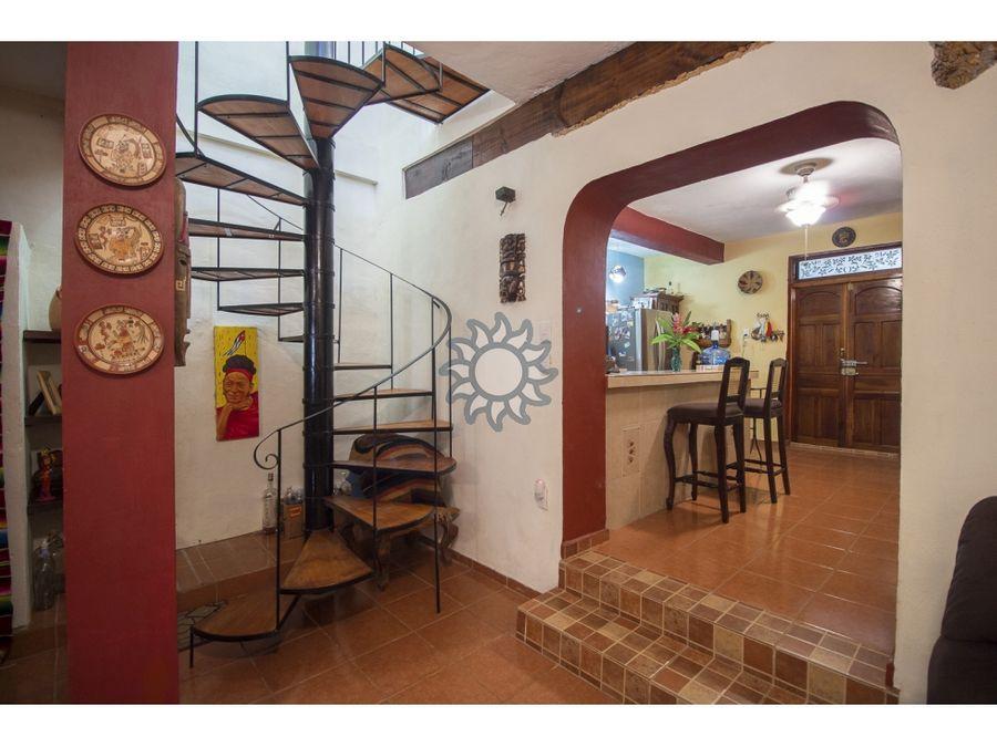 centrica casa en venta barrio san juan