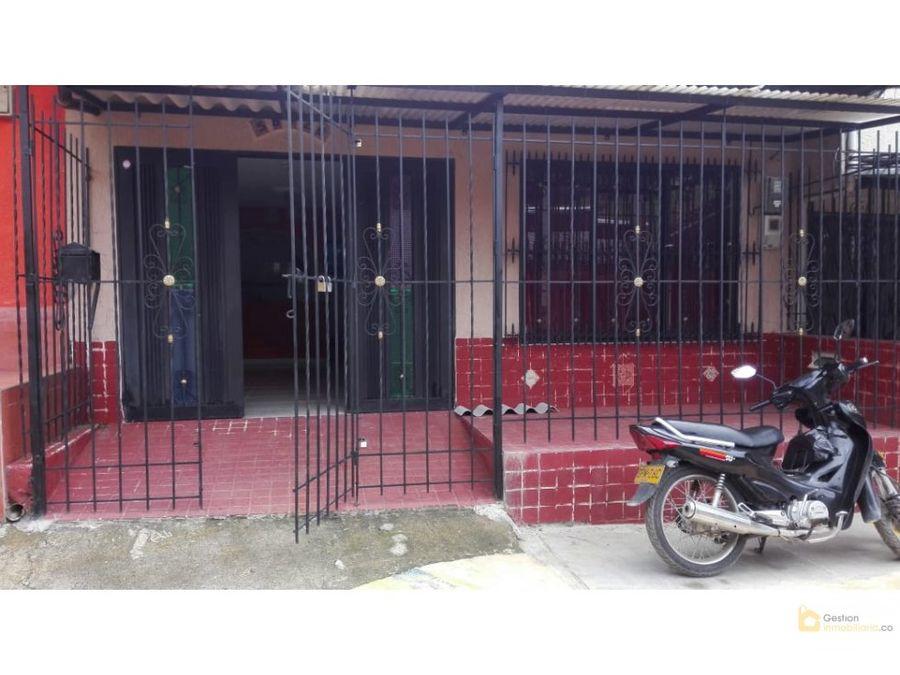 venta casa lomas de granada vehicular