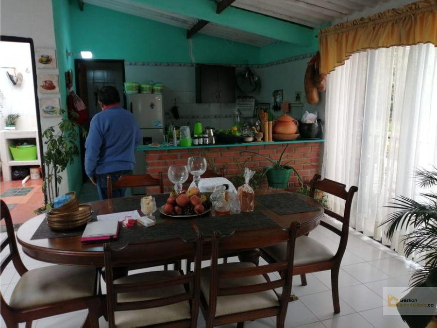 casa en la aldea