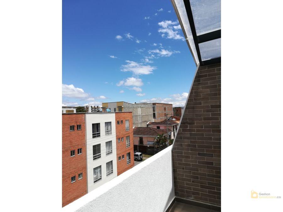 penthouse en edificio athenea