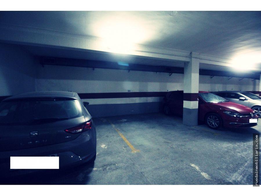 garaje en calle chiva